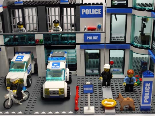 LEGO 7498 ポリスステーション 作成7.jpg