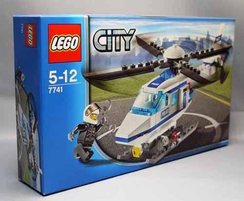 LEGO 7741 警察ヘリコプターと7285 ポリスバン 2.jpg