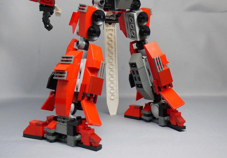 LEGOで赤いロボットを作った1-15.jpg