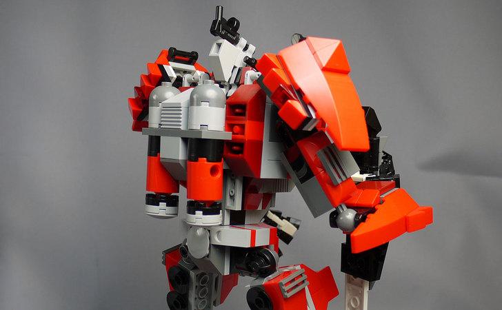 LEGOで赤いロボットを作った1-19.jpg