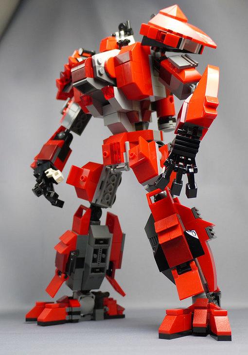 LEGOで赤いロボットを作った1-27.jpg