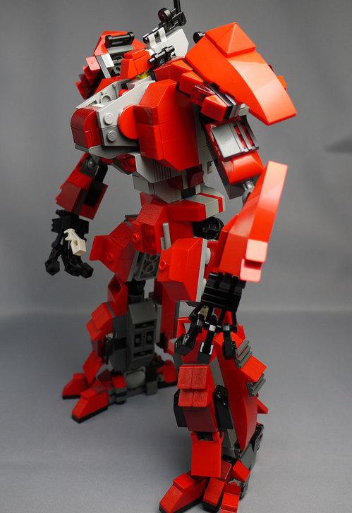 LEGOで赤いロボットを作った1-33.jpg