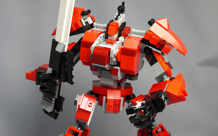 LEGOで赤いロボットを作った1-38.jpg