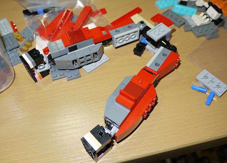 LEGOロボを作り始めた。ミニフィグ-サイズのリアルスケール物1-15.jpg