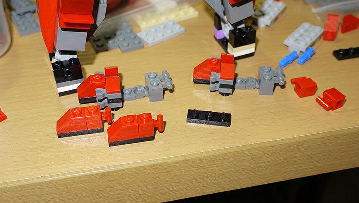 LEGOロボを作り始めた。ミニフィグ-サイズのリアルスケール物1-16.jpg