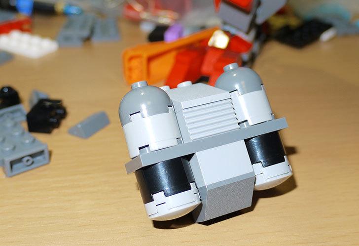 LEGOロボを作り始めた。ミニフィグ-サイズのリアルスケール物1-18.jpg