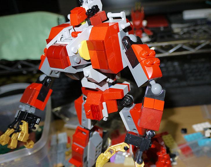 LEGOロボを作り始めた。ミニフィグ-サイズのリアルスケール物1-19.jpg