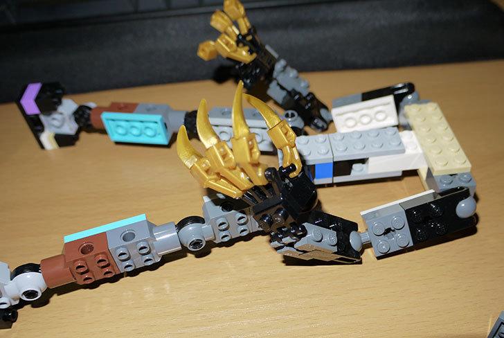 LEGOロボを作り始めた。ミニフィグ-サイズのリアルスケール物1-3.jpg