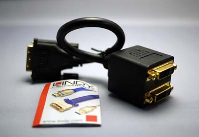 LINDY DVI-D 2分配ケーブル.jpg