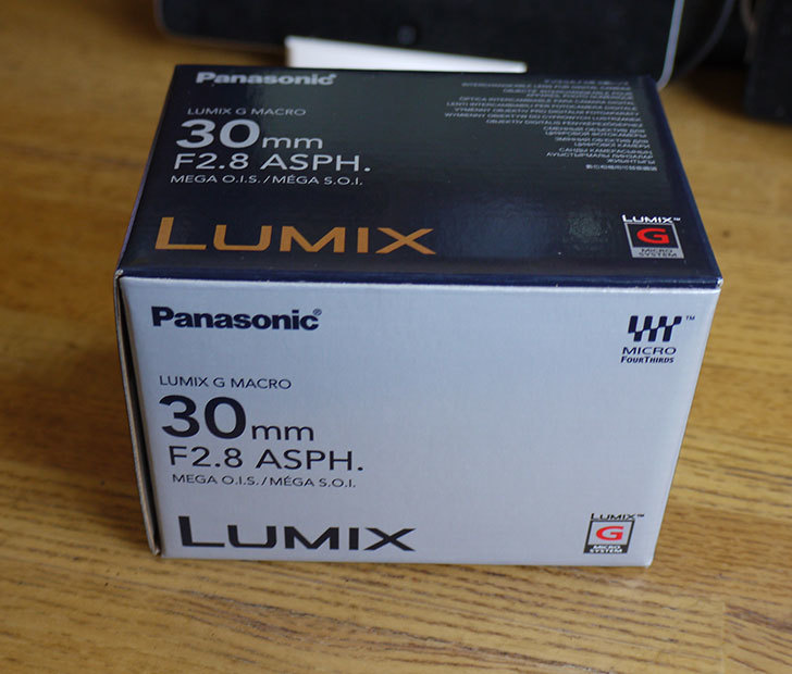 Panasonic-LUMIX-G-MACRO-30mm-H-HS030を買った1.jpg