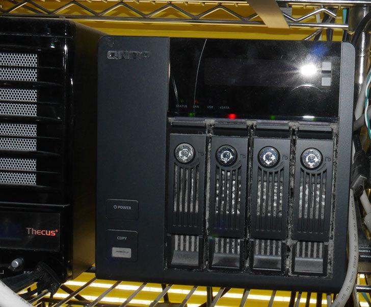 QNAP-TS-439-Pro-II+-のHDDが壊れたので交換した2.jpg