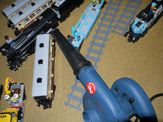 RYOBI-BL-3500Vをレゴ掃除に使ってみた2.jpg