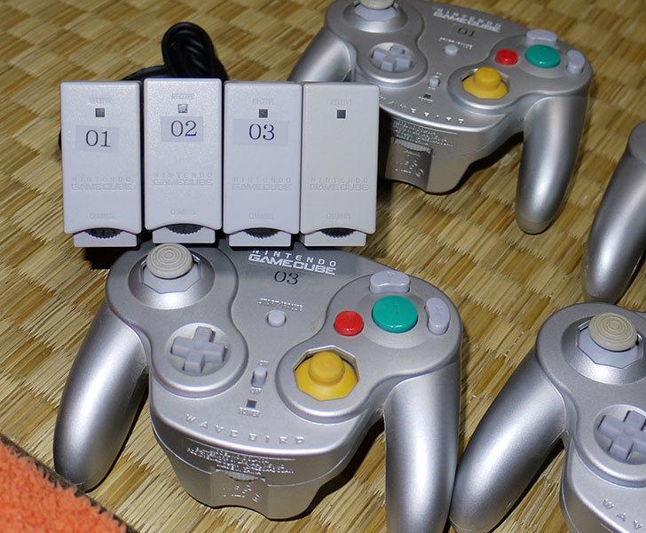 Wii-U用ゲームキューブコントローラ接続タップにウェーブバードを4台接続してみた4.jpg