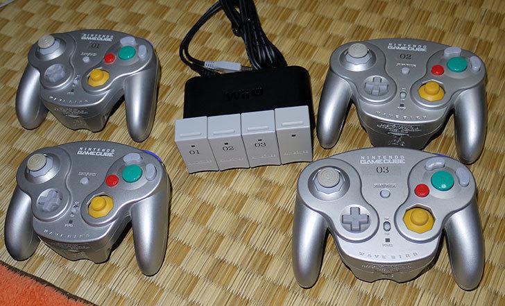 Wii-U用ゲームキューブコントローラ接続タップにウェーブバードを4台接続してみた5.jpg