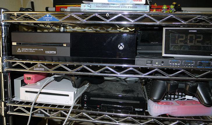 Xbox-Oneをラックに設置した1.jpg