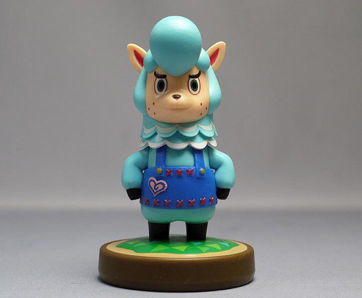 amiibo-カイゾー-(どうぶつの森シリーズ)をパッケージから出したので写真を撮った1.jpg