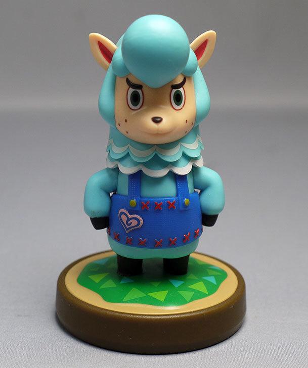 amiibo-カイゾー-(どうぶつの森シリーズ)をパッケージから出したので写真を撮った9.jpg