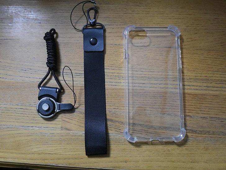 iPhone SE 第2世代用のクリア カバーを買った。2021年-003.jpg