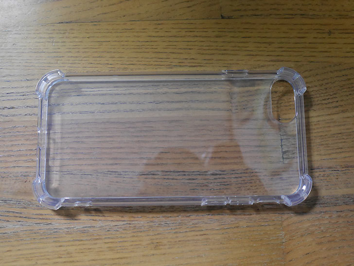 iPhone SE 第2世代用のクリア カバーを買った。2021年-004.jpg